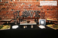 LOVE table-scaping