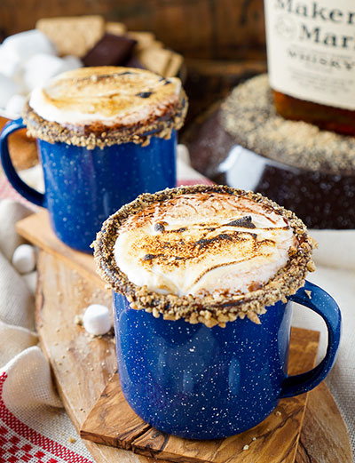 Campfire S'mores Hot Chocolate cocktails