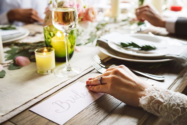 How to Serve the Perfect Wedding Meal